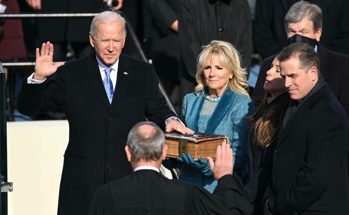 Joe Biden legt seinen Amtseid ab