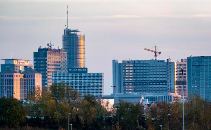 Blick auf die Essener Innenstadt: Der hier ansässige Eon-Konzern sucht Unterstützung beim Management der Finanzierungsvehikel der betrieblichen Altersversorgung..|© imago images / Jochen Tack
