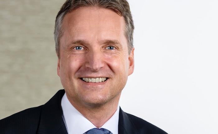 Michael Korf, Diplom-Kaufmann und Certified Financial Planner: Der 51-Jährige hat sich der Frankfurter Niederlassung des Vermögensverwalters DJE angeschlossen.|© DJE Kapital