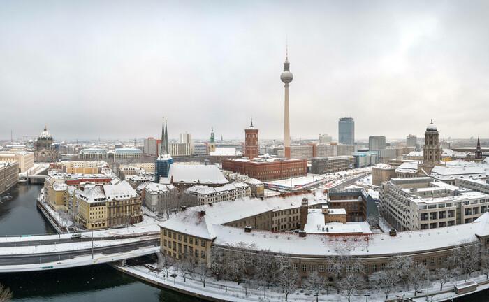 Blick aufs verschneite Berlin