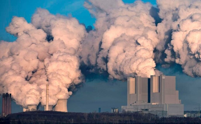 Deutschland größtes Braunkohlekraftwerk Neurath