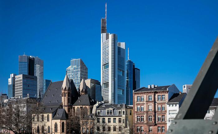Frankfurt am Main und die Skyline des Bankenviertels