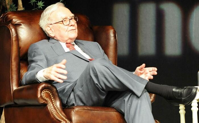 Warren Buffett ganz entpannt