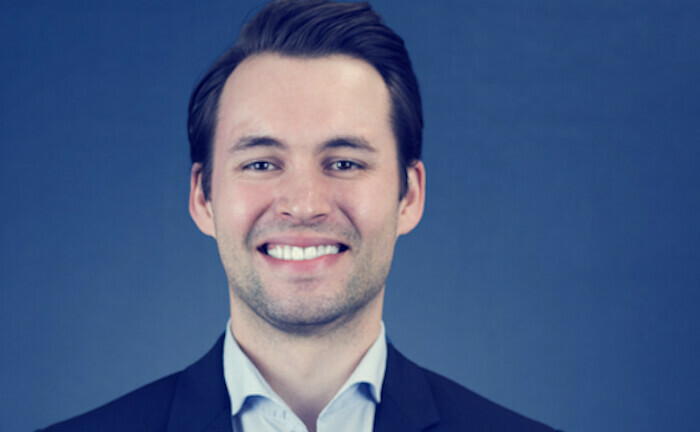 Fabian Knigge ist Investmentchef von Ginmon: Der digitale Vermögensverwalter hat ein nachhaltiges ETF-Portfolio aufgelegt, das er nach sehr strengen ESG- und SRI-Kriterien managt.|© Ginmon