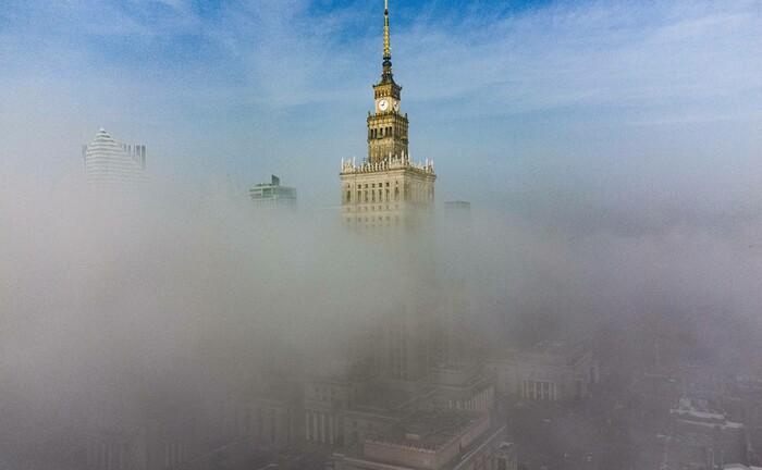 Polens Hauptstadt Warschau im Smog