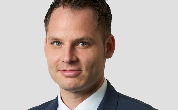 Max Biesenbach ist Partner im Kölner Büro bei Simon-Kucher & Partners