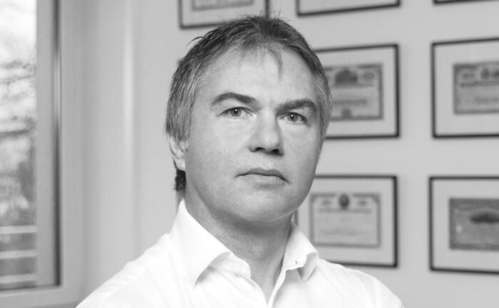 Tom Stubbe Olsen, Mensarius