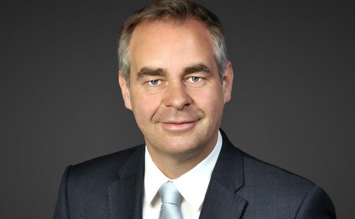 Anton Hötzl von der Vontobel Europe AG: Der bisherige Standortleiter in Frankfurt steigt in den Vorstand der Bank auf