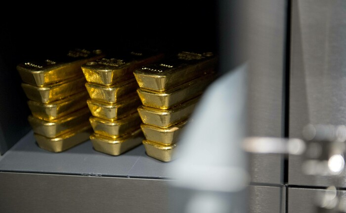 Goldbarren im Schließfach