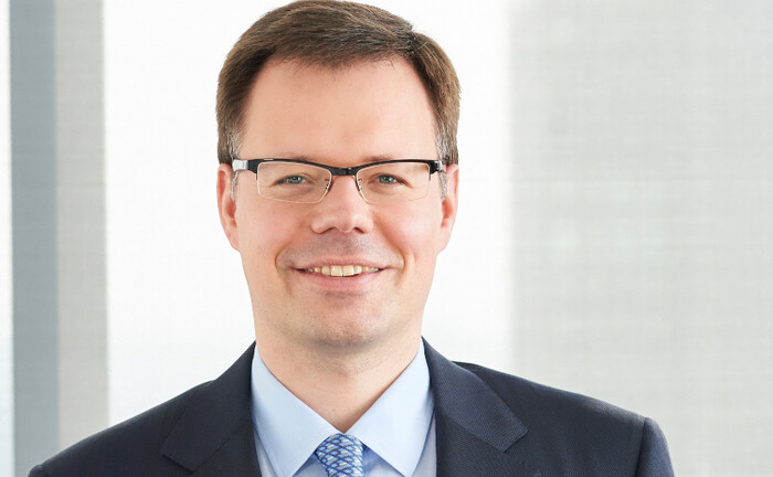 Der Autor Jan Bron ist Partner bei der Wirtschaftskanzlei Flick Gocke Schaumburg: Im Schwerpunkt berät der Steuerberater Privatpersonen und Unternehmen zur Erbschafts- und Schenkungssteuer.|© Flick Gocke Schaumburg