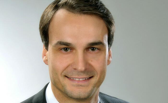 Sebastian Napiralla, Lampe Asset Management