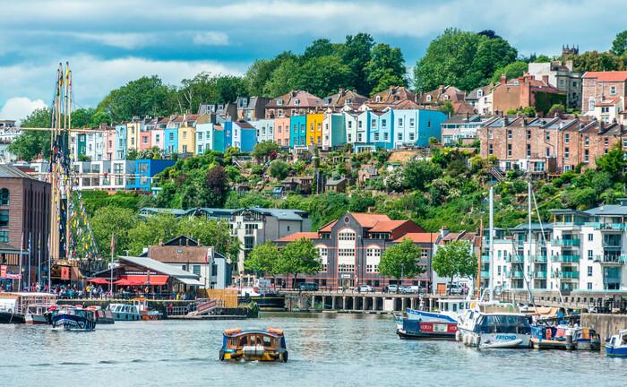 Der Hafen von Bristol, der mittlerweile ein Kulturzentrum ist, am Fluss Avon