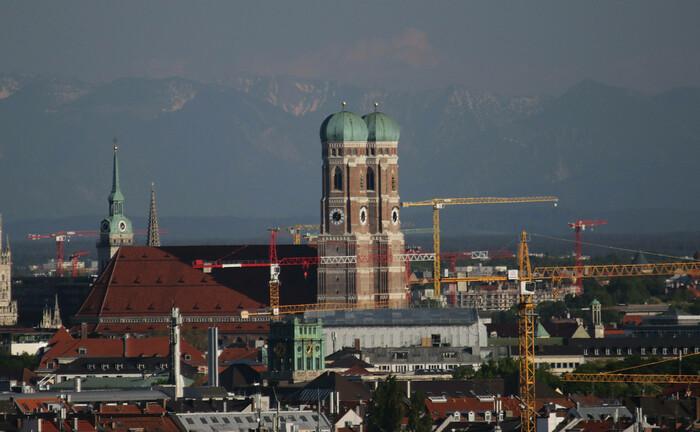 Die Stadtbild prägende Frauenkirche in München