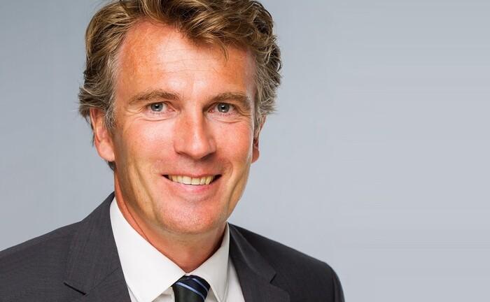 Lutz Johanning von der WHU – Otto Beisheim School of Management: Der Inhaber des Lehrstuhls für Empirische Kapitalmarktforschung ist einer der Autoren der Studie zu strukturierten Produkten