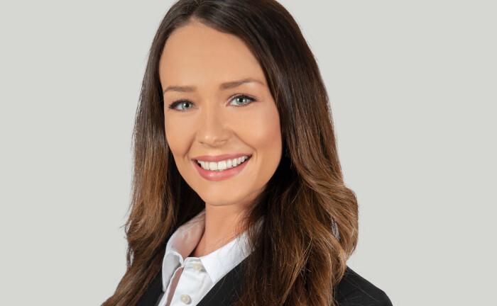 Kristina Bambach, promovierte Portfoliomanagerin bei Eyb & Wallwitz