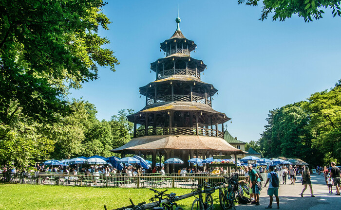 Der Biergarten am Chinesischen Turm in München