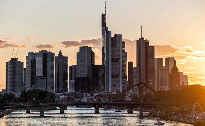 Finanzplatz Frankfurt: Die Stadt bewirbt sich für den Sitz des International Sustainability Standards Board (ISSB)|© Imago Images / Hannes P. Albert