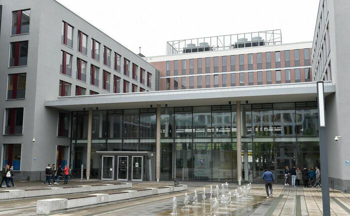 Eingangsbereich Landgericht Wiesbaden