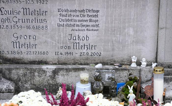 Das Grab von Jakob von Metzler auf dem Hauptfriedhof Frankfurt