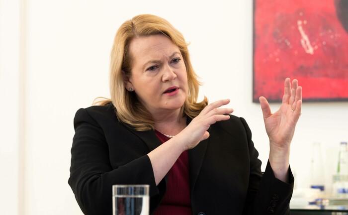 Jacqueline Hunt verantwortet die Asset-Management-Sparte der Allianz.