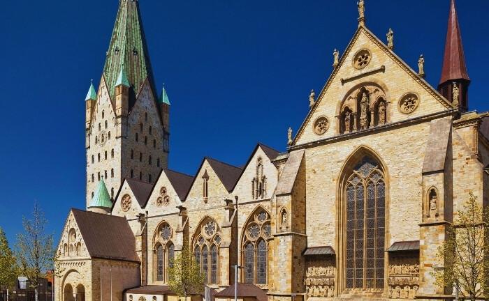 Paderborner Dom: In der Nähe des neuen Arbeitsplatzes von Aleksej Wunrau|© Imago Images / Blickwinkel