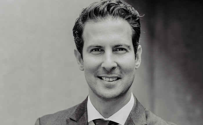 Laslo Mehte arbeitete zuletzt im Wealth Management der Commerzbank: Nun schließt er sich als Geschäftsführer dem Hamburger Vermögensverwalter Augmentum Finanz an.|© Augmentum Finanz